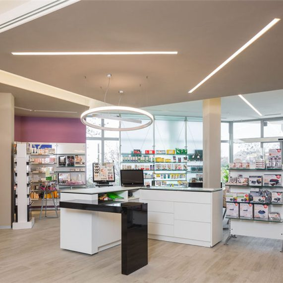 Modern Small Pharmacy Interior Design #005