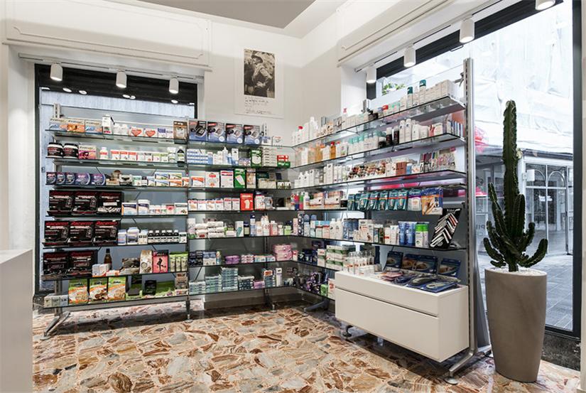 Vintage Small Store Interior Design for Medicine Retail Shop ...